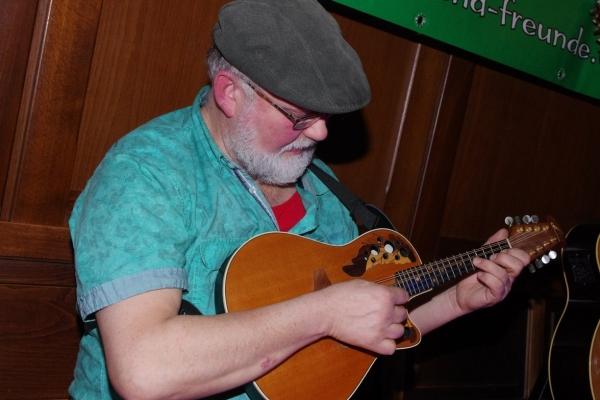 fiddle-mit-mandoline6DFACAC4-562F-C0A0-20E4-90507D712354.jpg