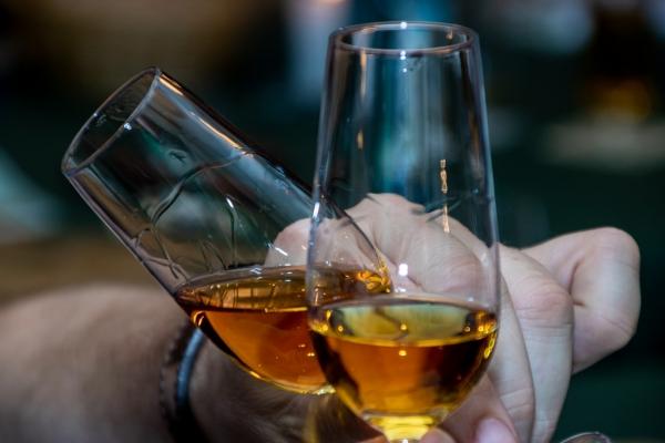 whisky2019-131B32FE2-A4E1-11CD-6B7B-F6E9FE7F7347.jpg